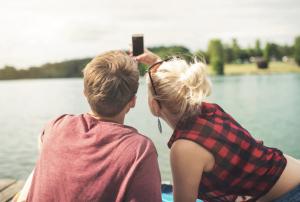 couple on date on dock